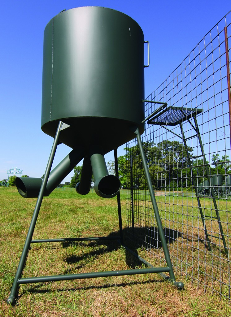 Deer Feeders Lyssy Amp Eckel Feeds